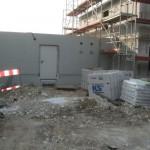 Grube vorm Heizungsraum ist zu und neue Löcher sind in der Wand