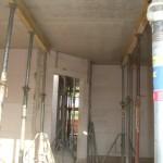 Wohnzimmer mit Decke von unten