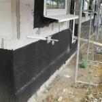 Zusätzlicher Außenwasserhahn an der Vorderseite - er lässt gut die Dicke der Passivhaus-Dämmung erahnen