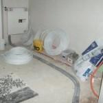Heizkörper im Wohnzimmer - ziemlich nah an dem Schalter für den Rolladen