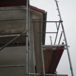 Dachkasten an der Vorderseite des Hauses