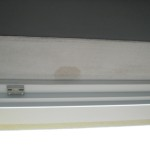 Neuer feuchter Fleck in Fensterlaibung