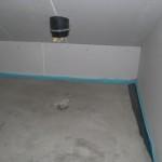 """Auch der feuchte Fleck unter einem der """"Schornsteine"""" im Technikraum ist fast verschwunden"""