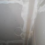 Verspachtelte Gipskartonplatten im Technikraum des Dachgeschosses