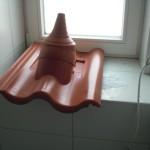 Hinterlegter Dachstein für die Sat-Schüssel
