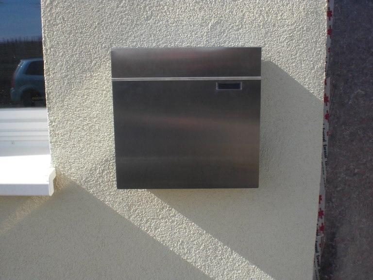 Hervorragend Briefkasten in Wärmedämmverbundsystem (WDVS) angebracht QY65