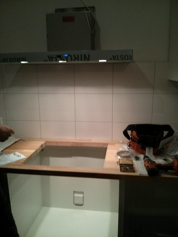 Aufbau unserer IKEA-Küche, Teil 3: Elektrogeräte und Wasser ...