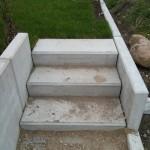Treppe zu unserem Garten