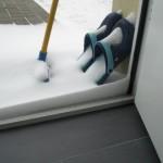 """Morgendliche """"Schneeverwehung"""" an der Haustür"""
