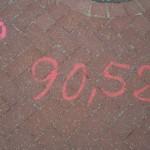 Vermessungspunkte mit Angabe der Höhenmeter (vermutlich)