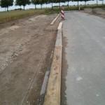 Holzbretter für Verschalung liegen bereits bereit
