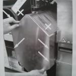 Die Anleitung schreibt vor, den Wärmetauschern nur an den Seiten anzufassen